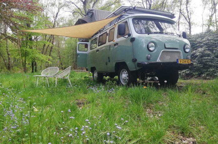 Steel-wheels-Bukhanka-groen-wit-compleet-bos-rv-laag2